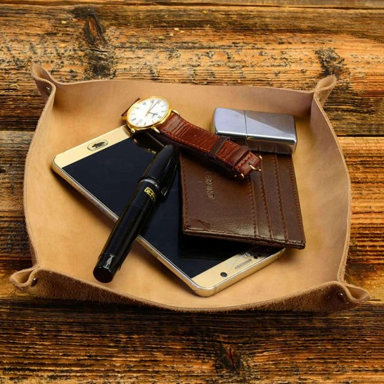 Personalized Genuine Leather Valet Tray in Natural Color